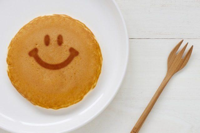 ホットケーキを作るときは余った粉ミルクを使うと美味しいよ