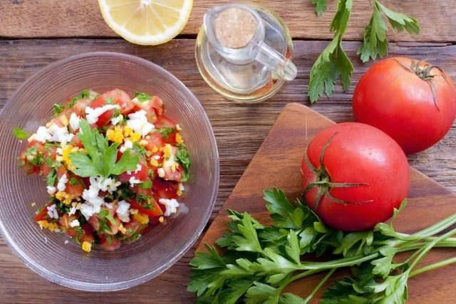 パセリの効果的な食べ方を紹介します。イタリアンパセリ
